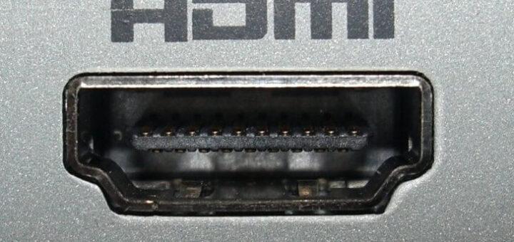 plsma si lcd se conecteaza obigatoriu prin HDMI
